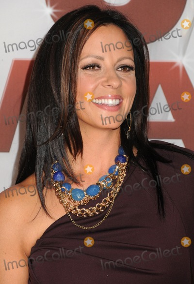 CMA Award,Sara Evans Photo - 2011 CMA Awards - Arrivals