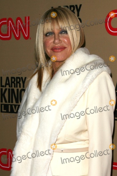 Suzanne Somers,Larry King Photo - CNNs Larry King Live Final Broadcast Wrap Party