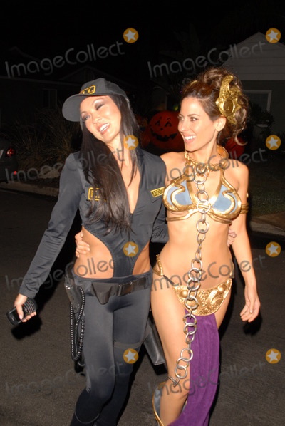 Kerri Kasem Photo - Halloween Costume of the Year - Slave Leia