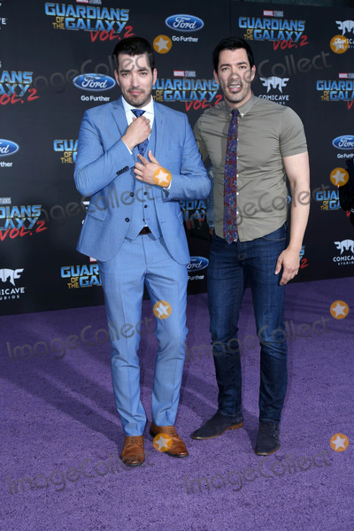 Drew Scott,Jonathan Scott Photo - Guardians of the Galaxy Vol 2  Los Angeles Premiere