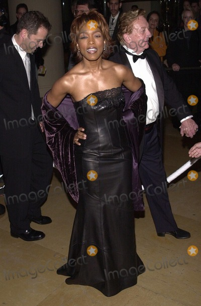 Angela Bassett Photo - Fire and Ice Ball 2000