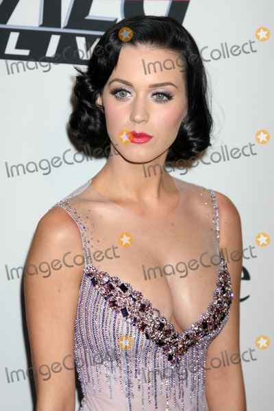 Clive Davis,Katy Perry,Katie Perry Photo - Pre-Grammy Party IHO Clive Davis