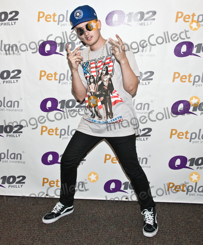Photos From gnash Visits Q102