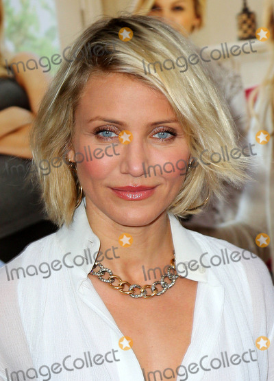 Jacksons,Cameron Diaz,RES Photos - Photo by Jackson Leestarmaxinccom2012ALL RIGHTS RESERVEDTelephoneFax (212) 995-11965812Cameron Diaz at the premiere of What to expect when youre expecting(NYC)