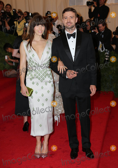 Jacksons,Jessica Biel,Justin Timberlake Photos - Jessica Biel and Justin Timberlake arriving at the Costume Institute Benefit held at the Metropolitan Museum of Art to celebrate the opening of Schiaparelli and Prada Impossible Conversations New YorkJackson Leestarmaxinccom