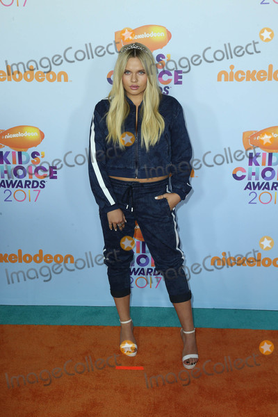 Photos From Nickelodeon's 2017 Kids' Choice Awards