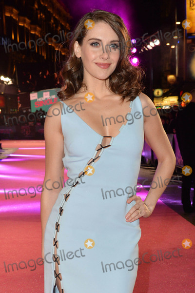 Photo - Photo by KGC-42starmaxinccomSTAR MAX2016ALL RIGHTS RESERVEDTelephoneFax (212) 995-11962916Alison Brie at the European Premiere of How To Be Single(London England)