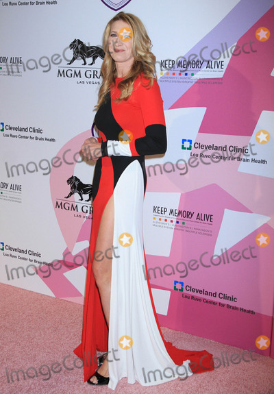 Photo - Photo by Raoul GatchalianstarmaxinccomSTAR MAX2017ALL RIGHTS RESERVEDTelephoneFax (212) 995-119642717Steffi Graf at Keep Memory Alives  21st Annual Power of Love Gala atMGM Grand Garden Arena in Las Vegas Nevada