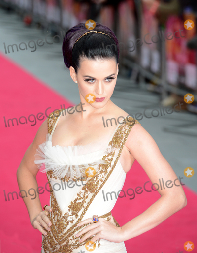 Katie Perry,Katy Perry Photo - Katy Perry attends the Katy Perry Part Of Me premiere at Leicester Square London UK