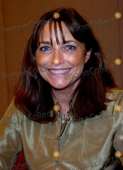 Karen Allen Photo - London  Karen Allen at the London Film and Comic Convention held at Earls Court20 July 2008Andy LomaxLandmark Media