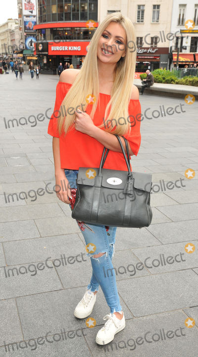 Nicola McClean,112 Photo - Smurfs The Lost Village Gala film screening