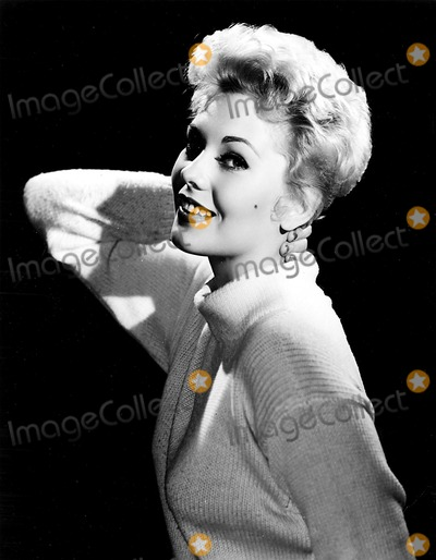 Kim Novak Photos - Kim Novak 1955 Supplied by SmpGlobe Photos Inc Kimnovakretro