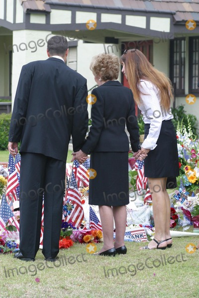 Former President Ronald Reagan,Patti Davis,President Ronald Reagan,Ronald Prescott Reagan,Ronald Reagan,Nancy Reagan,THE GATES Photo - Ronald Reagan Funeral