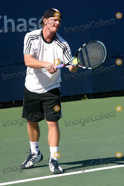 Alex Bogomolov Photo - Open Practice Day of the 2004 Us Open Held at the Usta Tennis Ceneter  Flushing Queens New York 08292004 Photo John Zissel  Ipol Globe Photos Inc 2004 Alex Bogomolov Jr