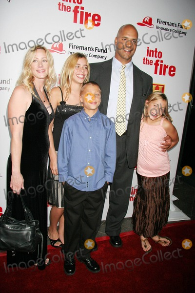 Brian Howard Photo - Into the Fire World Premiere Hosted by Chris Odonnell and Firemans Fund Insurance Company the Directors Guild of America Hollywood CA 10-03-2006 Brian Howard and Family - Featured in the Movie Photo Clinton H Wallace-photomundo-Globe Photos Inc