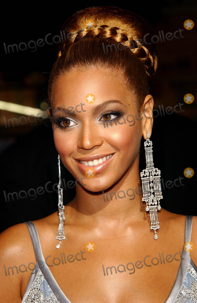 Beyonce,Beyonce Knowles,Grauman's Chinese Theatre,Temptations Photo - The Fighting Temptations Premiere