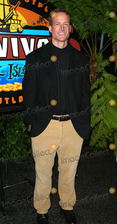 Andrew Savage Photo - Survivor Pearl Islands Final Episode Cbs Television Studios Los Angeles California 12142003 Milan RybaGlobe Photos Inc 2003 Andrew Savage