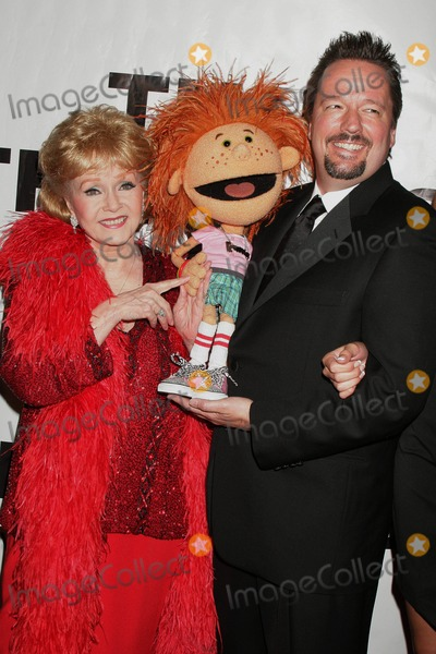 Mickey Rooney,Rooney,Debbie Reynolds,Terry Fator Photo - The Thalians 54th Anniversary Black Tie Dinner Ball Beverly Hills