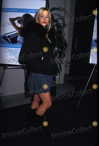 Jennifer Sky Photo - Archival Pictures - Globe Photos - 59020