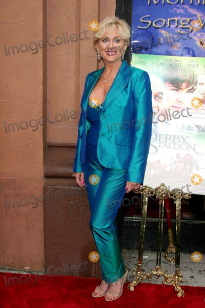 Tonja Walker Photo - Archival Pictures - Globe Photos - 38157