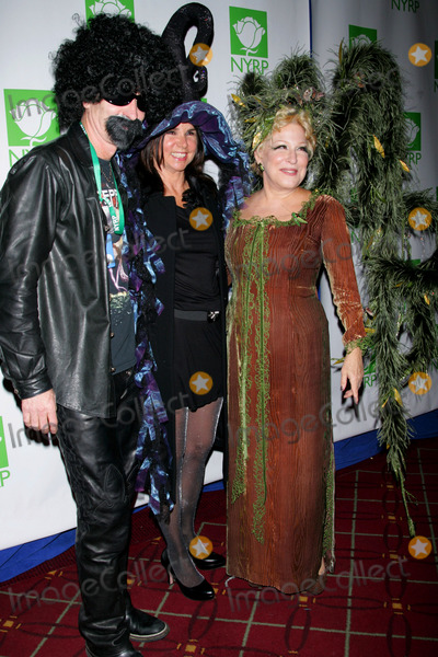 John McEnroe Photo - Bette Midler John Mcenroe and Wife Patty Smyth Arrive For Bette Midlers Hulaween Benefit Gala at the Waldorf Astoria Hotel in New York on October 29 2010 Photo by Sharon NeetlesGlobe Photos Inc