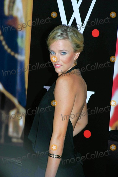 Hannah Cornett Photo - Archival Pictures - Globe Photos - 25457