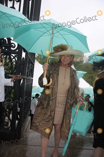 Martha Stewart Photo - Martha Stewart Leaving After Frederick Law Olmsted Awards Luncheon in Central Park