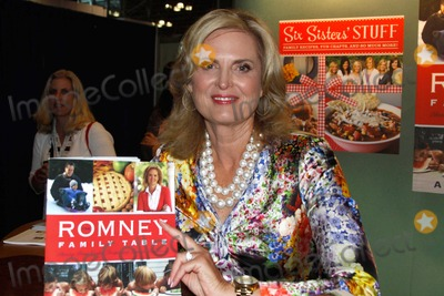 ANN ROMNEY Photo - Book Expo of America 2013