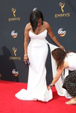 Niecy Nash Photo - LOS ANGELES - SEP 18  Niecy Nash publicist Elizabeth Much at the 2016 Primetime Emmy Awards - Arrivals at the Microsoft Theater on September 18 2016 in Los Angeles CA