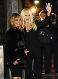 Goldie Photo - Photo by KGC-102starmaxinccomSTAR MAX2015ALL RIGHTS RESERVEDTelephoneFax (212) 995-119612515Goldie Hawn and Donatella Versace arrive at the Versace Runway Show during Paris Fashion Week(Paris France)