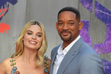 Margot Robbie Photo - Photo by KGC-143starmaxinccomSTAR MAX2016ALL RIGHTS RESERVEDTelephoneFax (212) 995-11968316Margot Robbie and Will Smith at the premiere of Suicide Squad(London England)