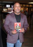 Daymond John Photo - Photo by Raoul GatchalianstarmaxinccomSTAR MAX2016ALL RIGHTS RESERVEDTelephoneFax (212) 995-119642016Daymond John at a signing for his book The Power of Broke(Las Vegas Nevada)