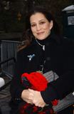 Rita Coolidge Photo - November 24 2005 New York City      Rita Coolidge at The Macys Thanksgiving Parade on Central Park West