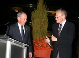 Larry King Photo - Mayor Bloomberg  Governor Pataki and NYC Host Committe Kick Off Gop Convention with Gala Media Welcome Party at the Time Warner Center  New York City 08282004 Photo by John BarrettGlobe Photosinc Michael Bloomberg_larry King