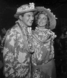 Dorothy Malone Photo - Liberace and Dorothy Malone Photo Nate CutlerGlobe Photos Inc