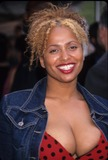 Lisa Nicole Carson Photo - Lisa Nicole Carson Fox Preimetime Upfront at Lincoln Center in New York 2000 K18877ww Photo by Walter Weissman-Globe Photos Inc