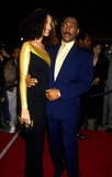 NICOLE MITCHELL Photo - Eddie Murphy with His Wife Nicole Mitchell 1993 Photo by Lisa Rose-Globe Photos Inc
