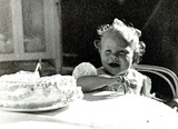 Elizabeth Montgomery Photo - Elizabeth Montgomery As a Child Photo Supplied by Smp-Globe Photos