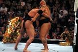Akebono Photo - Wrestlemania 21 at the Staples Center Los Angeles CA 04-02-05 Photo by Milan RybaGlobe Photosinc2005 Big Show Vs Akebono