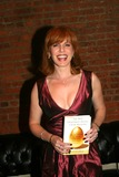 Liz Claman Photo - Cocktail Reception to Launch Liz Clamans Book Best Investment Advice I Ever Received at Geraldo Riveras Home in New York City 12-06-2006 Photo by Barry Talesnick-ipol-Globe Photos Inc 2006 Liz Claman