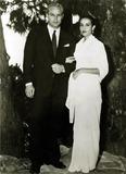 Anna Kashfi Photo - Marlon Brando and Anna Kashfi 1957 Hy SimonGlobe Photos Inc