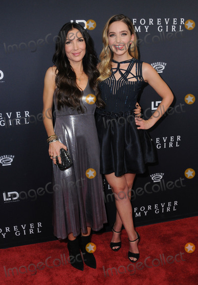 Photo - Forever My Girl Los Angeles Premiere