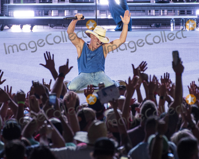 Photos From Kenny Chesney - Trip Around The Sun Tour