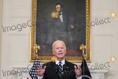 Photo - President Biden delivers remarks on his robust plan to stop the spread of the Delta variant and boost COVID-19 vaccinations