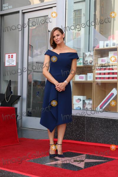 Photo - Jennifer Garner Star Ceremony