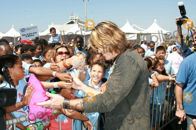 Photo - Billy Ray Cyrus and Miley Cyrus host Day for Kids