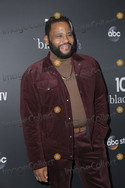 Photos From Black-ish 100th Episode Celebration