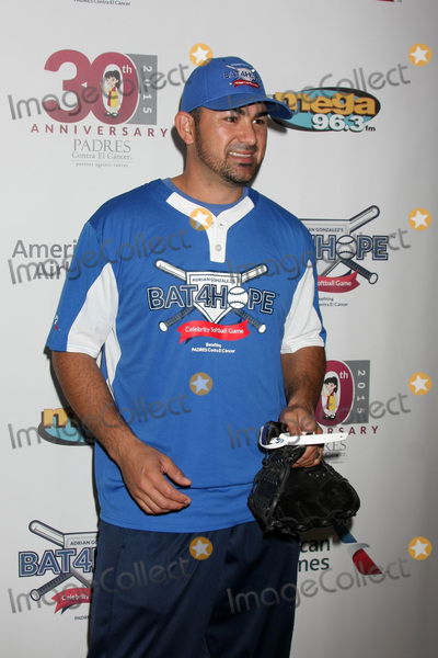Photo - Adrian Gonzalezs Bat 4 Hope Celebrity Softball Game PADRES Contra El Cancer