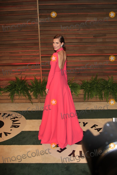 Alison Williams Photo - LOS ANGELES - MAR 2  Alison Williams at the 2014 Vanity Fair Oscar Party at the Sunset Boulevard on March 2 2014 in West Hollywood CA