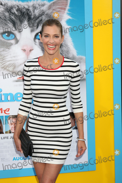 Photos From 'Nine Lives' Premiere